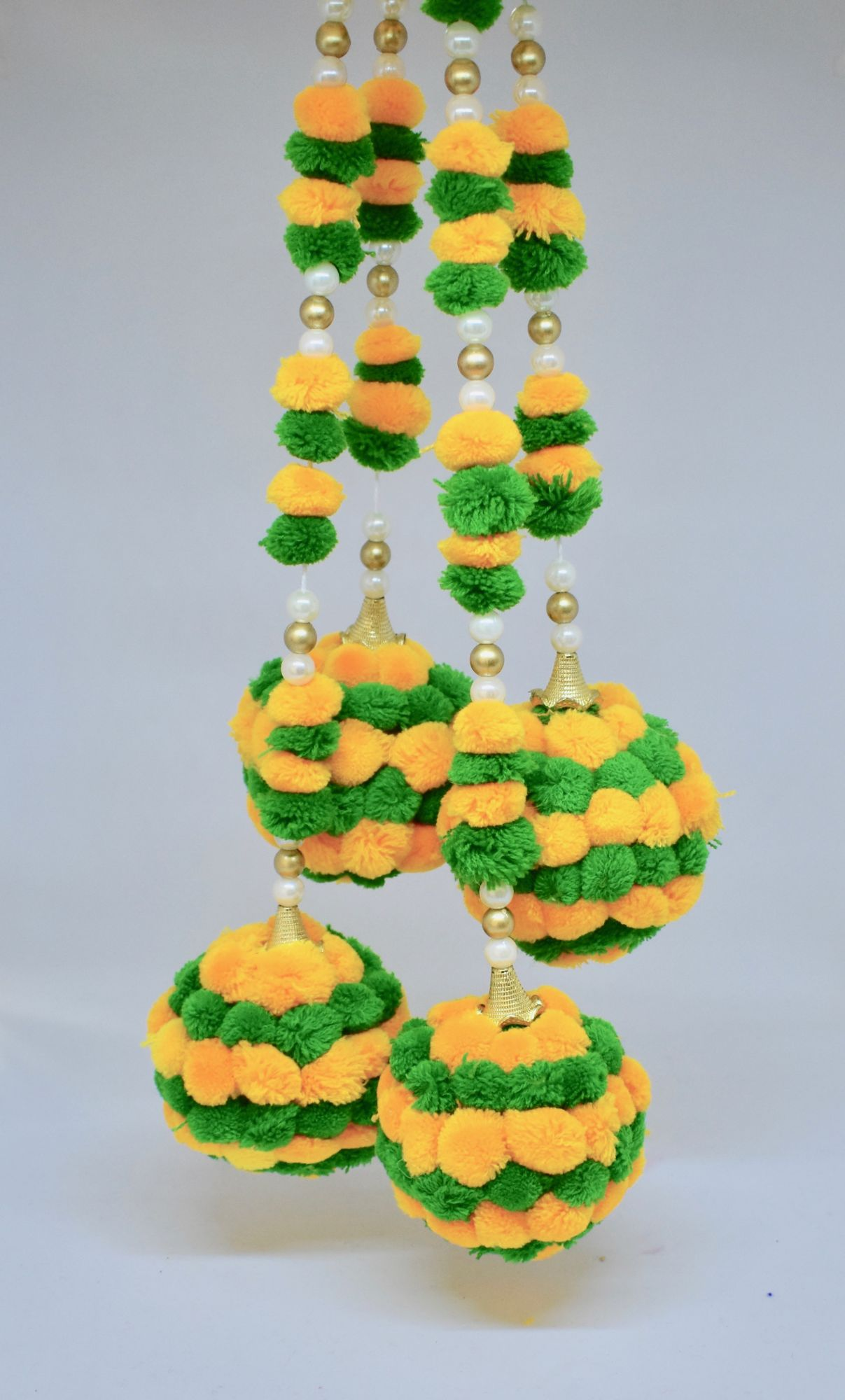 POM POM WALL HANGING- GREEN YELLOW