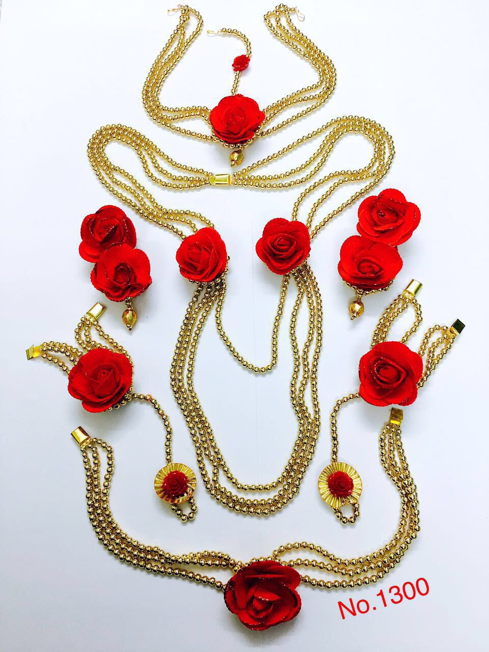 BEADED FLORAL SET- RED