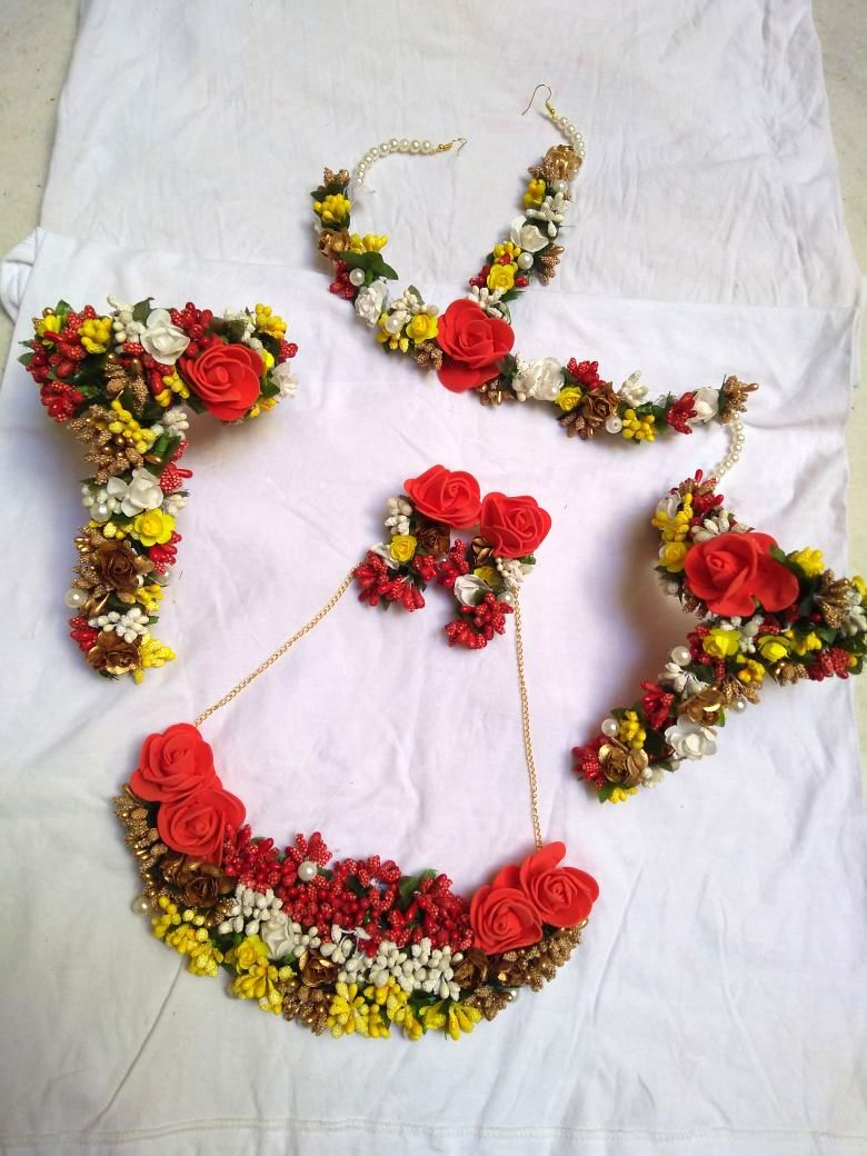 FLORAL GOTA SET- RED YELLOW WHITE